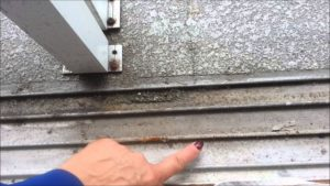 How To Fix A Sliding Screen Door That Sticks
